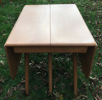 Mid Century Modern Heywood Wakefield Wishbone Table With  And 4 Dog Bone Chairs.