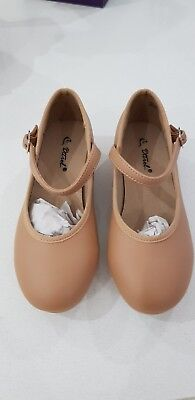 Girls tan tap shoes - size AU 13