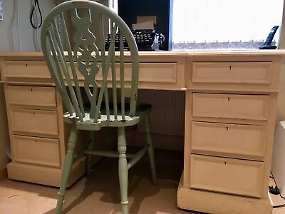Beautiful twin pedestal desk. Solid construction. Painted in Annie Sloane.