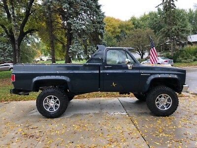 1982 Chevrolet C/K Pickup 2500 Custom 1982 Chevrolet 2500 4x4 383 stroker 400hp