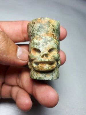 Pre-Columbian Mayan skull bead from Mexico. 700 ad.1.77 inches