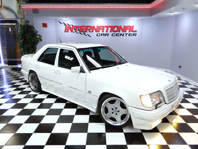 1995 Mercedes-Benz E-Class E200 Sedan 1995 Mercedes benz E200 W124 Sedan Right Hand Drive AMG Aero Pkg 77k Must See!!!