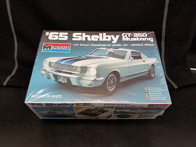 Monogram 1/24 Scale '65 Ford Shelby GT-350 Mustang Model Kit #2700 ©1985 - NOS!