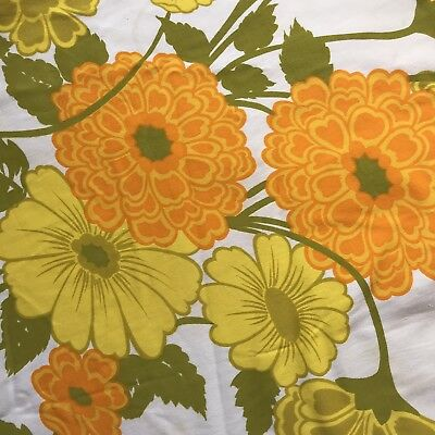 Round Floral Tablecloth  FABRIC vintage retro material 1960s 1970s Textile