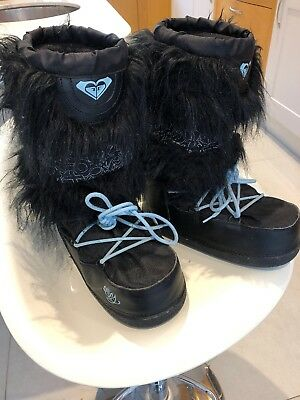 Roxy Snowboots. Black Yetti Fake Fur. Moon Boot. Size 8 (41) Apres Ski/snow