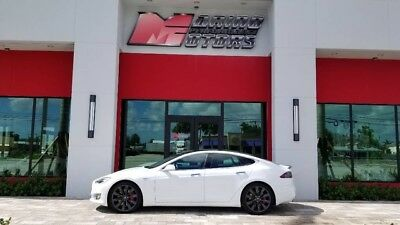2016 Tesla Model S  2016 MODEL S P90D - ONLY 5400 MILES - AUTOPILOT - 1 OWNER - FLORIDA