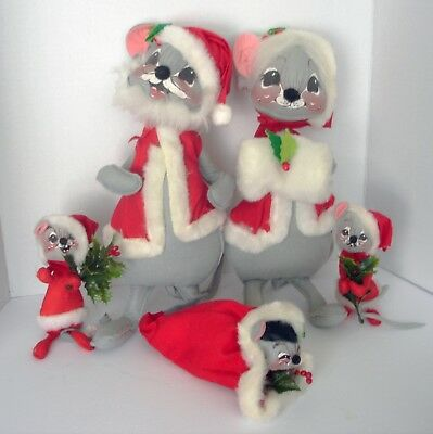 Lot 5 Vintage Christmas Annalee Santa / Mrs./ Baby Mouse/ Mice Family 1964-1967