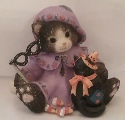 Calico Kittens Halloween OUR FRIENDSHIP IS A MAGICAL SPELL figurine ENESCO