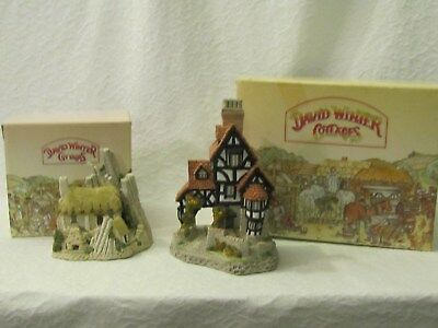 2 David Winter Cottages Scottish Collection Crofter's Cottage & Squires Hall