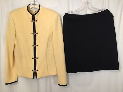 St. John Collection by Marie Gray 2 pc Skirt Suit Yellow Santana Knit Size  8
