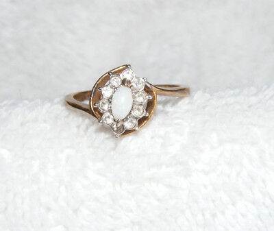 Vintage Signed 18KGF GEME Taiwan White Marquise & Rhinestone Size 7 Ring A2