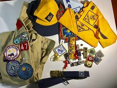 Lot Of Vintage Boy Scout Items Shirt Hats Scarves Pins Badges Patches Etc