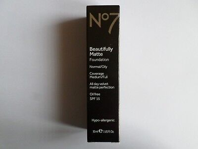 No7 BEAUTIFULLY MATTE FOUNDATION OIL FREE SHADE:  CALICO 30ml