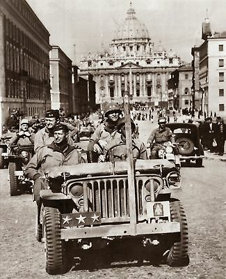 WWII General Mark Clark Rides through Rome Photo  (176-p)