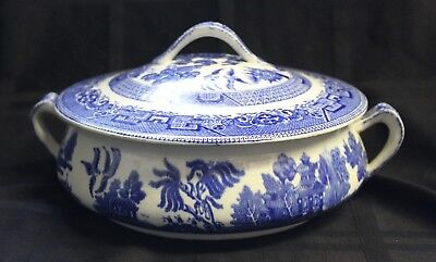 """""""Ye Old Willow"""" Grimwades Blue Staffordshire Round Covered Dish 2 Handles"""