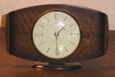 Vintage Smiths Art-deco style wooden/bakelite mantel clock, needs attention