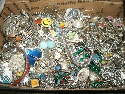 Mixed Costume Jewelry Lot lbs Wear/Repair Unsearched Silver Lot M90