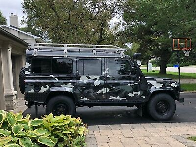 2000 DEFENDER 110 TD5 LHD 9 Seater, AC, Sunroof, loads up upgrades 2000 DEFENDER 110 TD5 LHD 9 Seater, AC, Sunroof, loads up upgrades