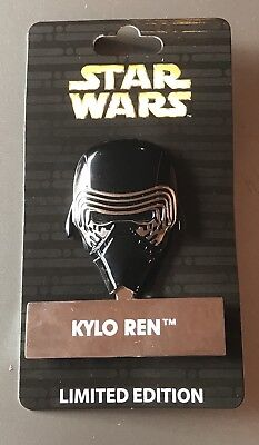 Disney Star Wars KYLO REN LE 4000 Pin of the Month Helmet #1 NEW PIN W STAND