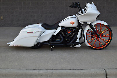 """2017 Harley-Davidson Touring  2017 ROAD GLIDE S BAGGER *1 OF A KIND* 26"""" CANDY WHEEL! OVER $40K IN XTRA'S!!"""