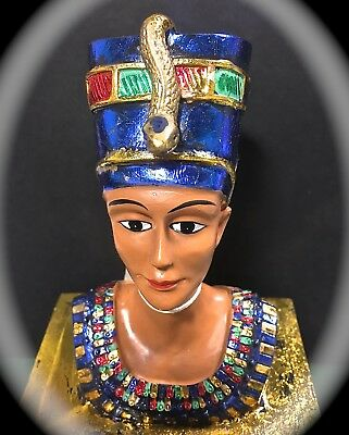 8 Inch Tall Ancient Egyptian Style Trinket Box W/ Statue Of Queen Nefertiti Top