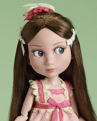 """""""SPRINGTIME PATIENCE"""" 14""""  New, Mint, NRFB  Retired LE300 Wilde Imagination doll"""