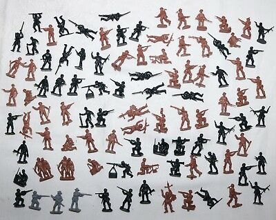 (97) Vintage 1/72 Scale Unbranded Plastic Toy Soldiers Germany vs. Allied Troops