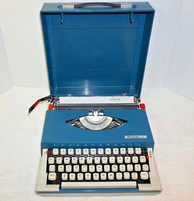 Vintage Royal Sprite Portable Manual Typewriter Blue Hard Shell Cover Works