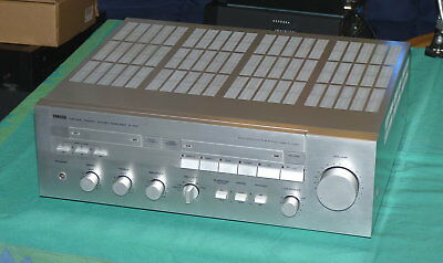Yamaha A-720  -  Natural Sound Stereo Amplifier - silber