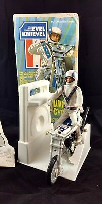 Evel Knievel Stunt Cycle Launcher 1973 Action Figure Helmet Box Instructions