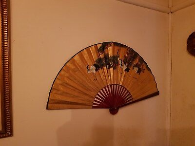 VINTAGE LARGE BEAUTIFUL WALL HANGING HAND PAINTED ORIENTAL FAN,SIGNED,51 x 92cm