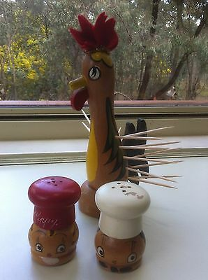 Vintage Kitsch Wooden Chef head salt & pepper shakers & Rooster toothpick holder