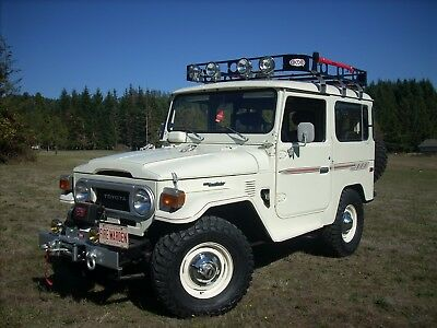 1978 Toyota Land Cruiser Factory Pinstripes/Decals 1978 Toyota Landcruiser FJ40 in Outstanding Condition 95,232 Original Miles !