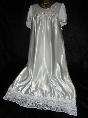 Stunning vtg silky nightie dress slip negligee nightdress  chest  20 52 chest