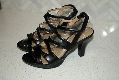 4d30972e15a Naturalizer N5 comfort Dianna black leather heel sandal Women s size 8.5 W