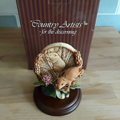 Country Artists Mouse With corn