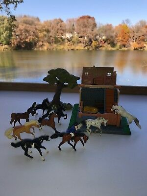 Lot of 12 Breyer Mini Whinnies Play Set Stable Tree Rider 9 horses VGUC