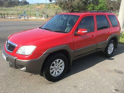 2006 Mazda Tribute Luxury V6 auto not ford escape xtrail  territory first car