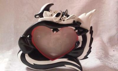 Pepe le Pew and Penelope,Skunk Heart Love Picture Frame from Looney Tunes