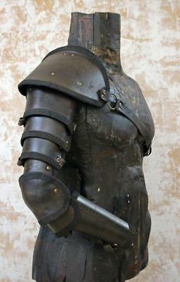 Segmented arm armour | spartacus armor | gladiator armor | leather pauldron
