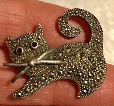 Vintage Sterling Silver Marcasite SCAREDY CAT KITTEN Pin Brooch Signed 925 S