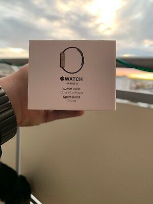 Apple Watch Series 2 42mm Case Gold Aluminium Sport Band Cocoa Verpackung