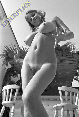 ROBERTA PEDON ** NUDE 2400 DPI SCAN ** FROM ORIGINAL NEGATIVE by KIRK D50S73-32