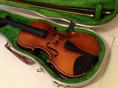 Vintage 1969 E.R. Pfretzschner Violin Copy of Antonius Stradivarius W/Case & Bow