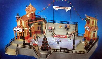 Lemax Village Collection - Parkside Ice Skating Plaza - Christmas Edition