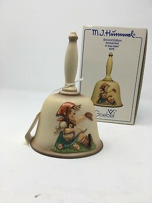 GOEBEL M.J. HUMMEL 1979  SECOND EDITION ANNUAL BELL in bas-relief