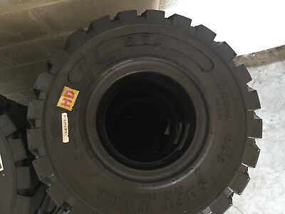 Brand new, Solid pneumatic forklift tire 600x9, 6x9, 6-9. No more flats.