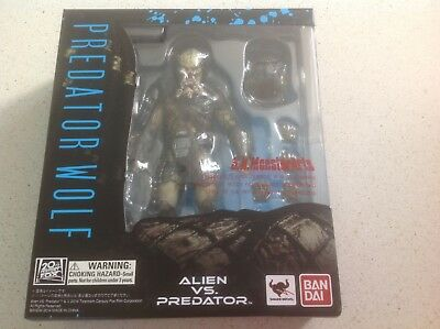 Alien Vs Predator Wolf Sh Monster Arts Bandai Figure Tamashii Nations New Sealed