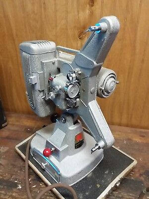 Vintage Keystone 109s 8mm Movie Projector With Carry Case and Working Bulb