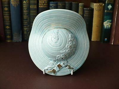 Vintage 1940's/50's Porcelain Bonnet Wall Pocket /  Cottage Chic